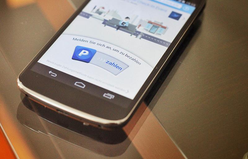 Mit der neuen Paypal-App lässt sich in zehn Gastrobetrieben in Berlin bargeldlos zahlen.